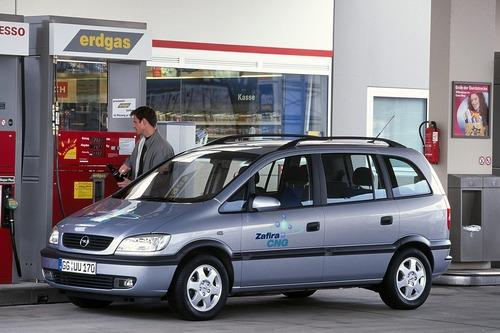 Opel Zafira: il mitico monovolume compie 20 anni (7)