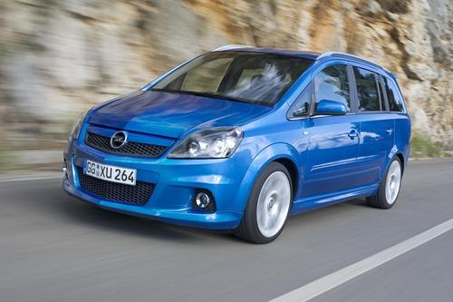 Opel Zafira: il mitico monovolume compie 20 anni (3)