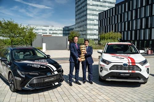 Giro d'Italia 2019: Toyota auto ufficiale (6)