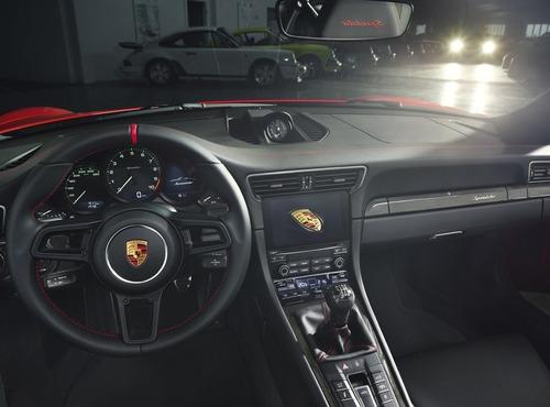 La nuova Porsche 911 Speedster: vecchio modello a chi? [video] (2)