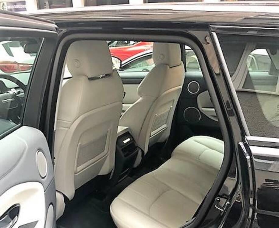 Land Rover Range Rover Evoque 2.0D I4-L.Flw 150CV AWD Aut R-Dynamic HSE del 2018 usata a Bergamo (4)