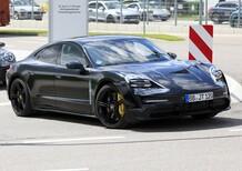 Porsche Taycan: ecco l'elettrica (quasi) senza veli [Foto spia]