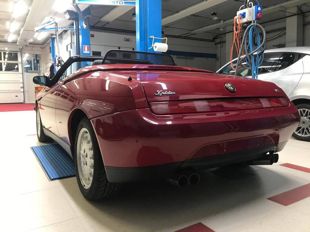 GTV Spider d'epoca del 1996 a Nave (5)