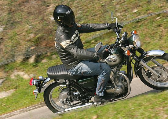 Prova Kawasaki W800 Prove Motoit