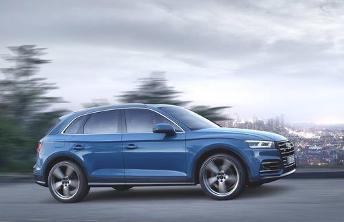 Audi Q5 55 TFSI e quattro: si estende la gamma delle plug-in hybrid