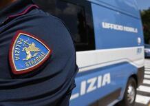 «Bastardi, controllate sempre me»: marocchino sputa sulla volante della Polizia