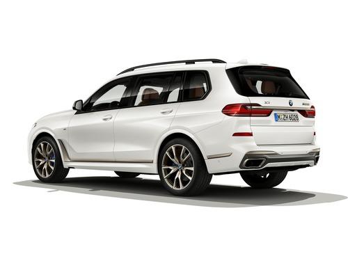 BMW X5 e X7 M50i: V8 da 530 CV per i SUV bavaresi (2)