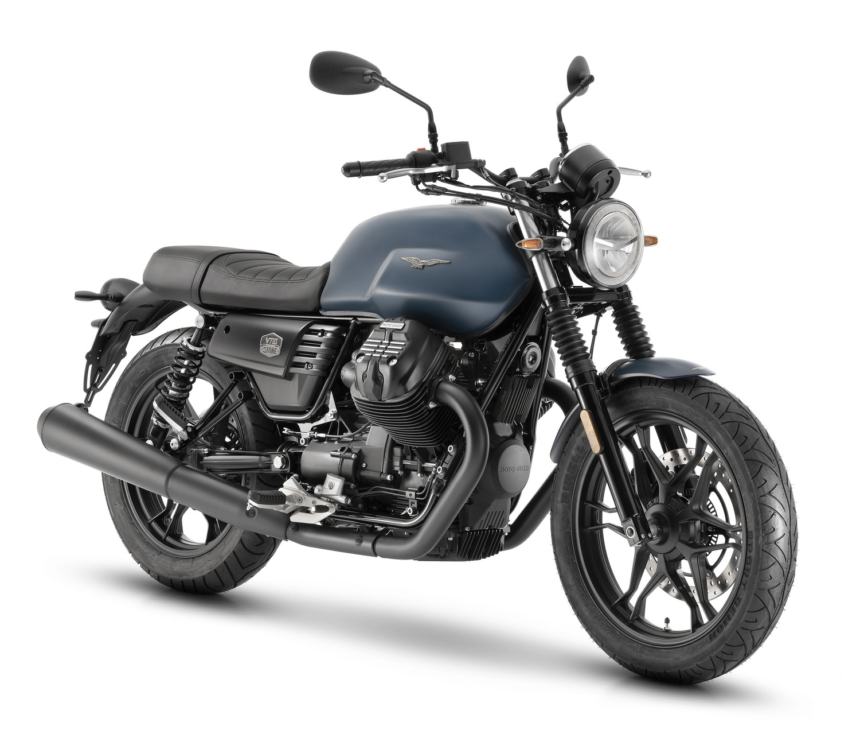 Moto Guzzi V7 III Stone Night Pack. A tutto LED