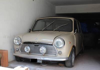Mini Cooper d'epoca del 1970 a Catania