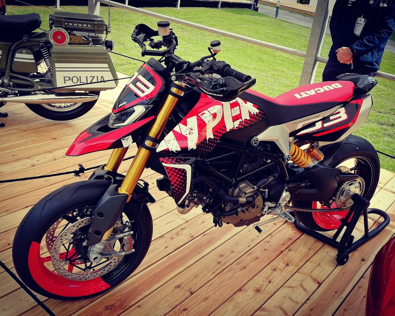 Ducati Hypermotard 950 Concept premiata al Concorso d'Eleganza Villa d'Este