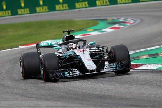 Lewis Hamilton in azione a Monza 2018
