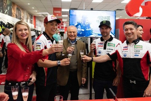 Crutchlow: Lavoro insieme a Márquez per rendere la Honda adatta a tutti (8)