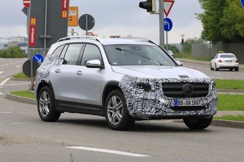 Mercedes GLB, le foto spia  (4)
