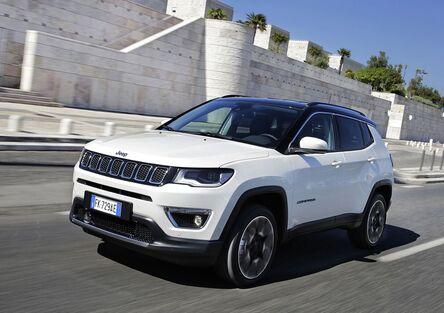 Jeep Compass   Con la trazione anteriore è più SUV che fuoristrada [Video]