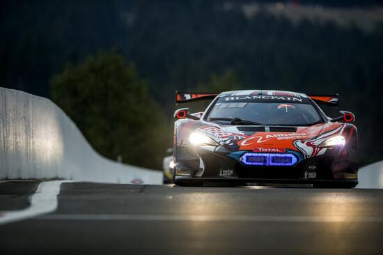 Realtà o Assetto Corsa Competizione? Ecco un bellissimo scatto della 24 ore di Spa 2018 con Chris Harris al volante