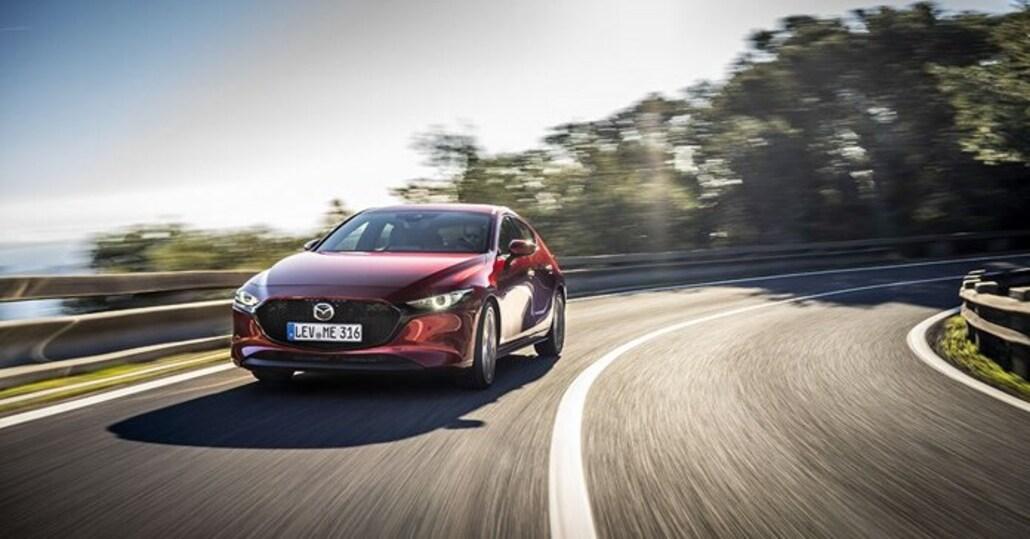 Mazda 3: il nuovo motore SkyActiv-X sarà disponibile da autunno