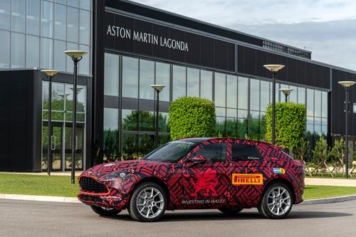 Aston Martin DBX: prodotti i primi esemplari (4)