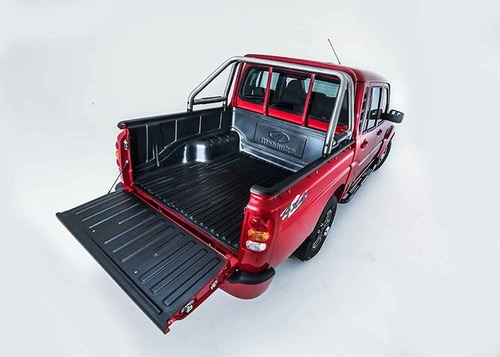 Mahindra Goa Pik-Up Plus, rinnovato il pick-up indiano (5)
