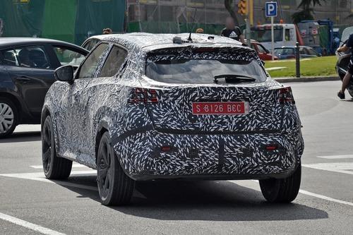 Nissan Juke 2020, le foto spia  (2)