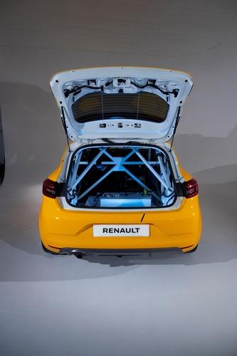 Renault Clio: Cup, Rally ed RX 2020 in un'auto sola (6)