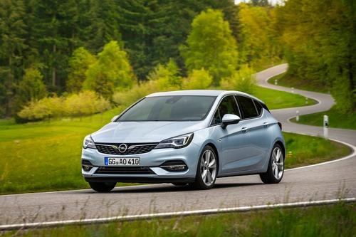 Opel Astra restyling, la più efficiente di sempre (6)