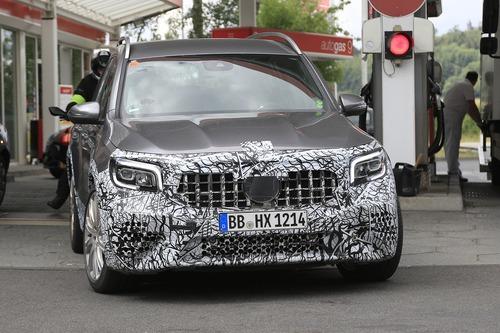 Mercedes-AMG GLB 45, le foto spia (4)