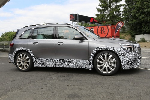 Mercedes-AMG GLB 45, le foto spia (6)
