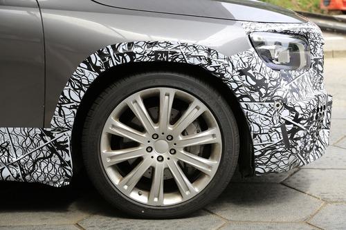 Mercedes-AMG GLB 45, le foto spia (9)