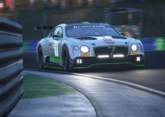 Mai giudicare le prestazioni della vettura dalle sue dimensioni. La Bentley Continental GT3 2018 è pronta a stupirvi