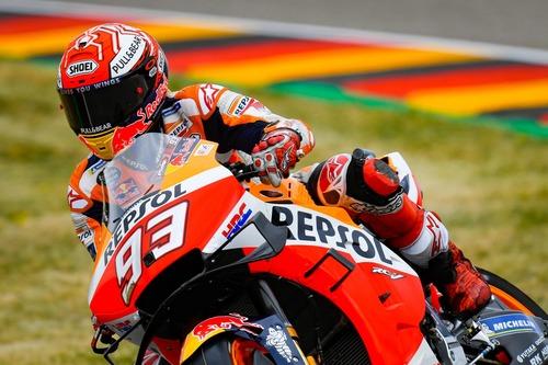 MotoGP 2019. Márquez è il più veloce nelle FP2 in Germania (7)