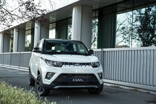 Nuovo KUV100 NXT: il restyling del city SUV Mahindra da 10.000 € [video foto gallery] (2)