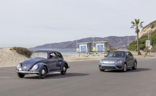 10/7/19, Stop Maggiolino: Volkswagen dice addio all'ultima erede del suo primo modello [video]