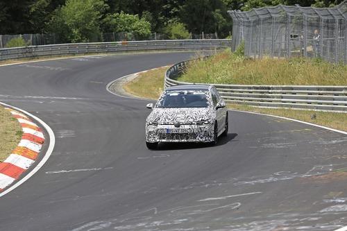 Volkswagen Golf GTI, le foto spia al Nürburgring (4)