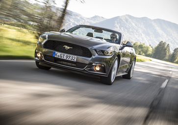 Ford Mustang 5.0 | Il metallo pesante made in USA [Video]