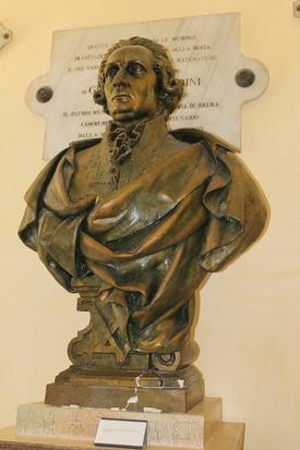 Tra i figli illustri di Foligno c'è Giuseppe Piermarini, l'architetto che progettò il Teatro alla Scala di Milano e la Villa Reale di Monza, sul finire del 1700.