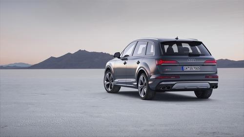 Audi SQ7, svelato il restyling (8)