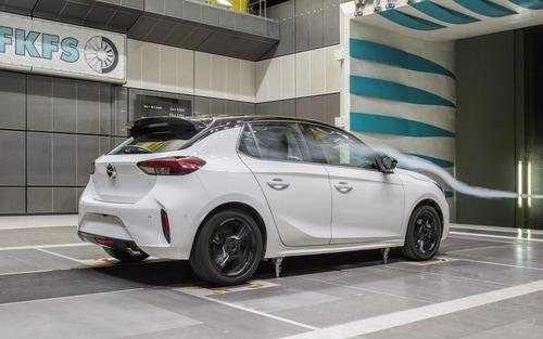 Opel Corsa: aerodinamica attiva per ridurre i consumi (2)