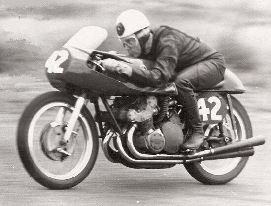 Geoff Duke sulla Gilera 500