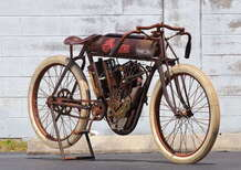 Indian 8-Valve Board Track Racer: all'asta un esemplare conservato del 1914