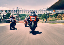 Vintage da corsa a Pergusa, quattro moto d'epoca in pista