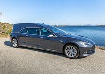 Carro funebre premium, veloce, a emissioni zero: ecco Tesla Model Hearse (S)