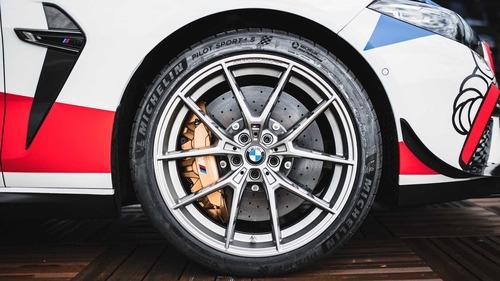 BMW M8 in pista con la MotoGP: i dettagli della Safety Car (4)