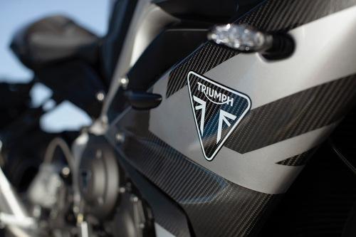 Nuova Triumph Daytona Moto2 765: tutti i dati! (3)