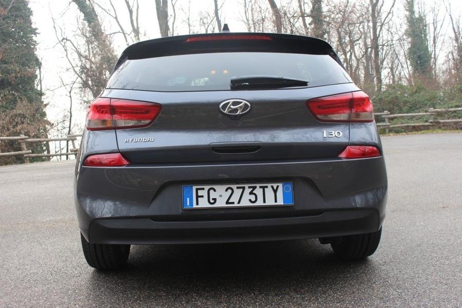 Hyundai i30 1.6 CRDi 136CV DCT 5 porte Style (5)