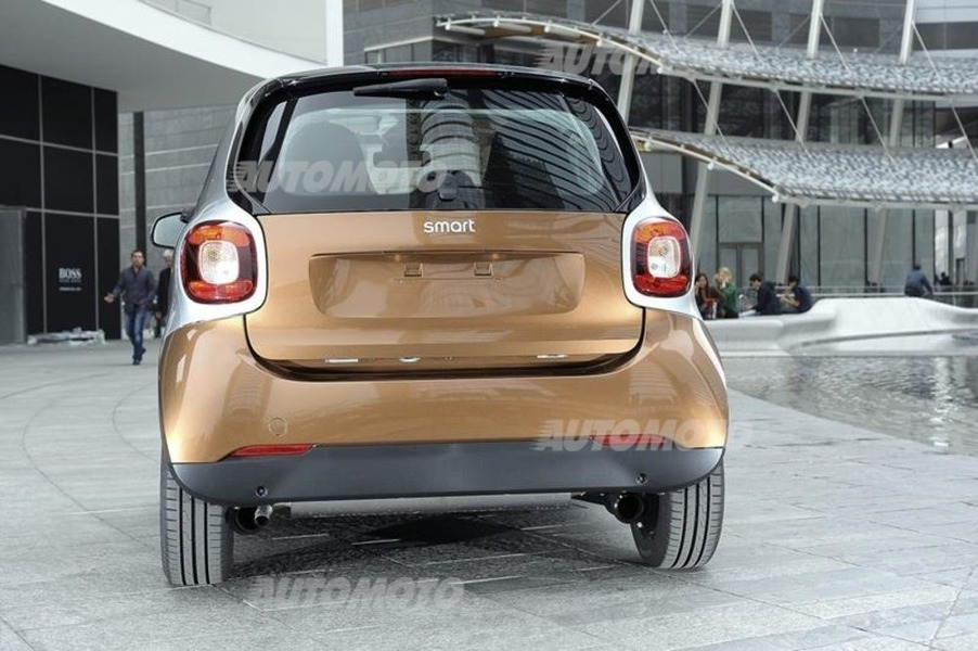 smart fortwo EQ Youngster (5)