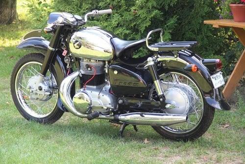 Honda MF 350 Dream: una moto (quasi) unica all'asta (3)