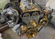 Motori placcati in oro: follie del tuning