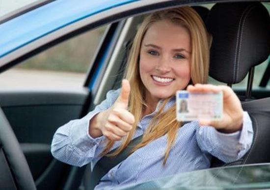 Patente di guida, l'Agenzia delle Entrate interviene con una batosta