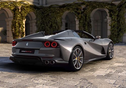 Ferrari 812 GTS | Nuovo capitolo per il V12 anteriore (4)