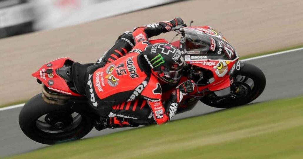 BSB: tripetta Ducati a Oulton Park. I qualificati per lo Showdown